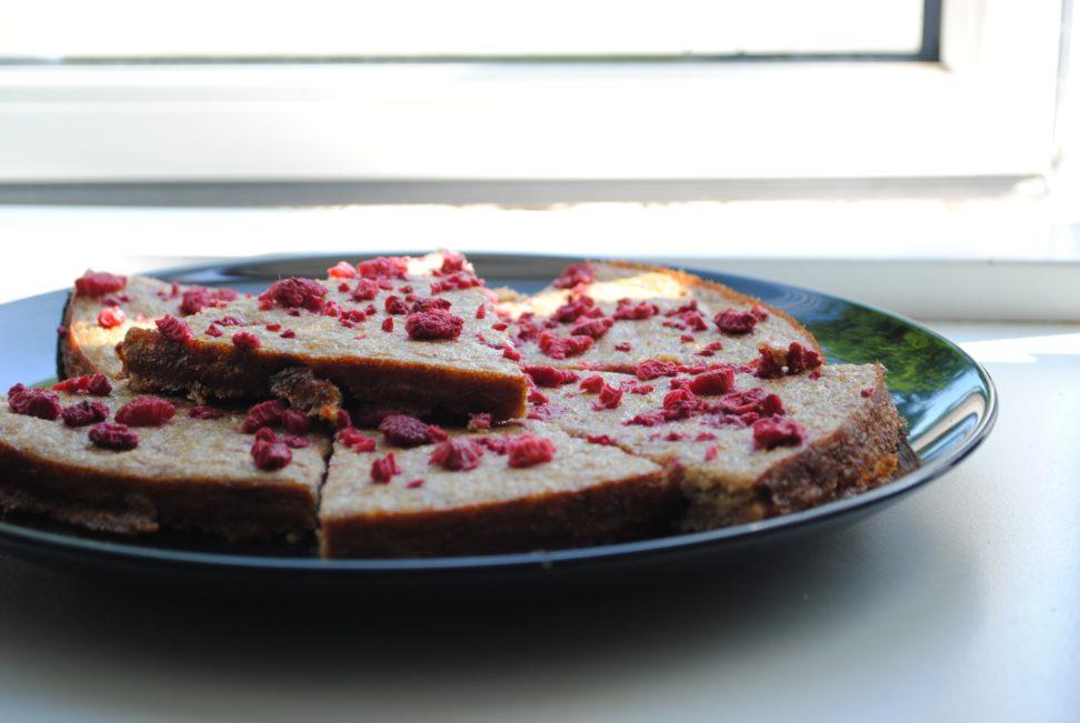 Hindbær/banan kage