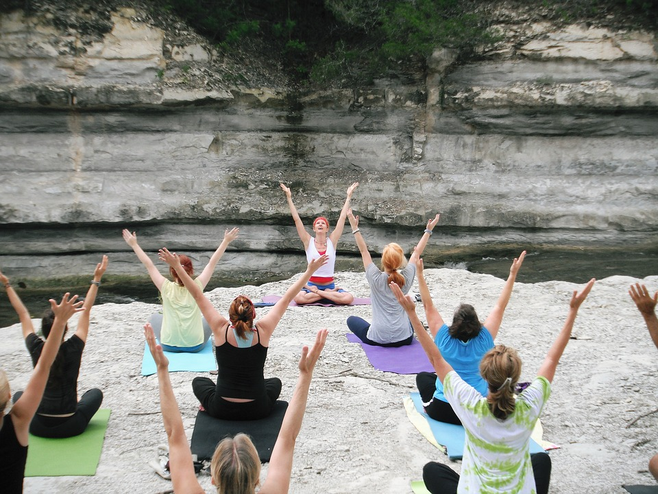 Opvarmningsøvelser til yoga