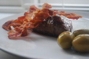 Bøf og bacon